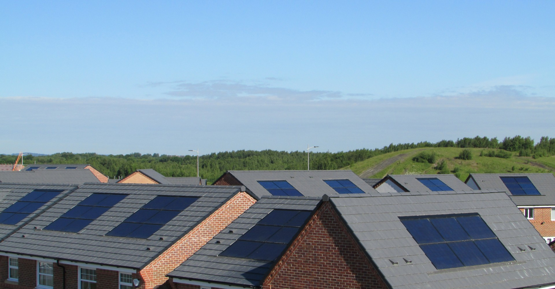 Avonside-Renewables-Solar-PV-Taylor-WImpey-Pennington-Wharf-2- (1)